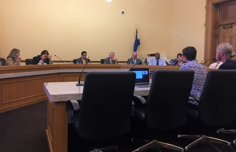 Colorado Legislative Tech Caucus Delves into Blockchain Technology