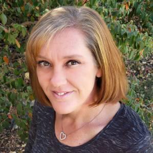 Tisha Cunningham Independent Avon Sales Representative