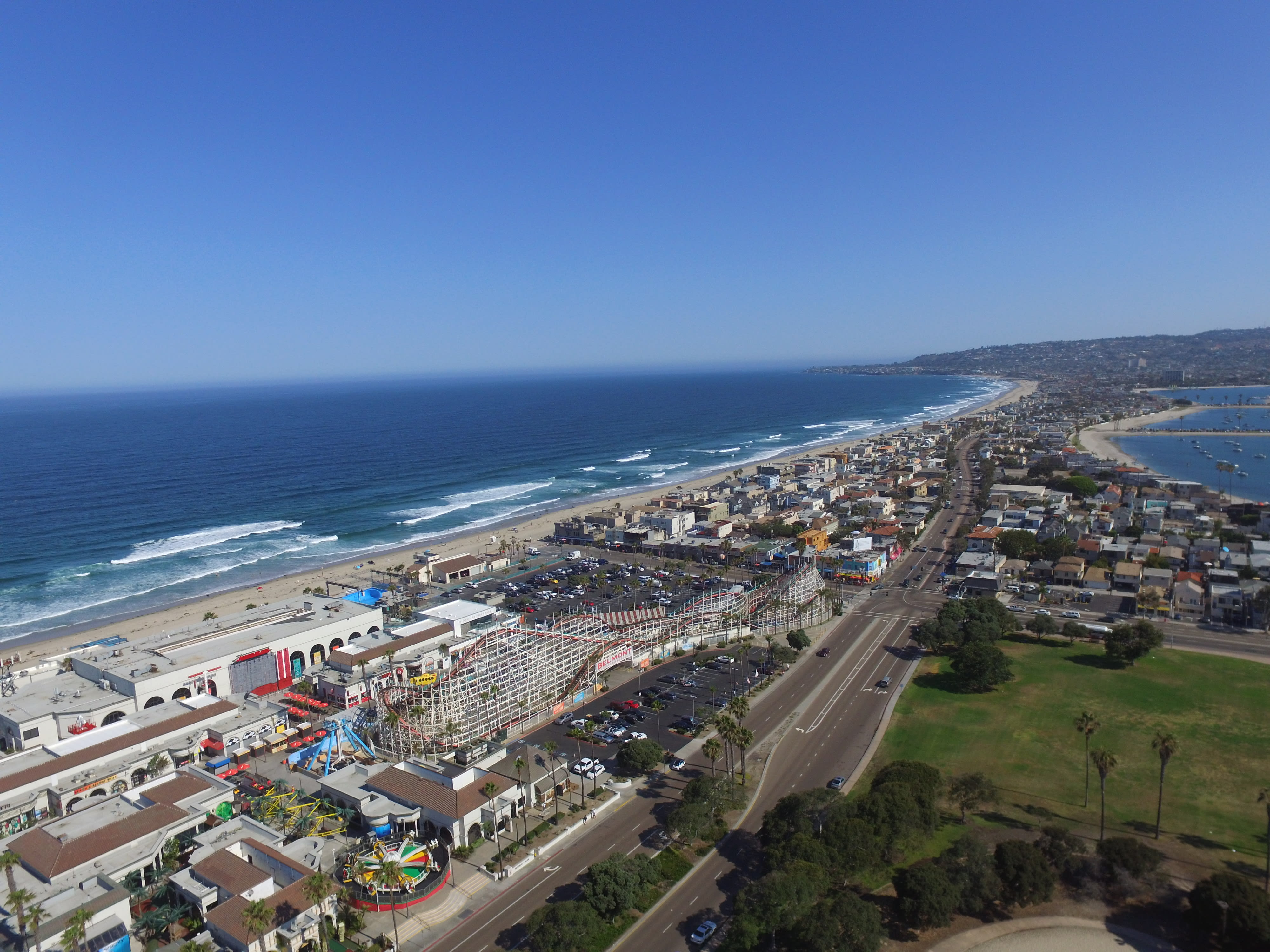 Cowabunga!: Surfing Course in Santa Monica, California