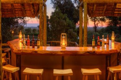 Camp Moremi Guest bar