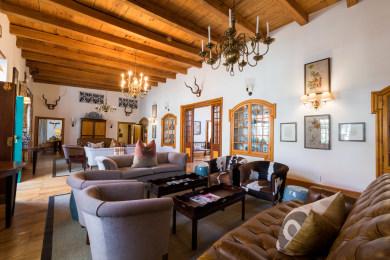 Drostdy Hotel   Lounge