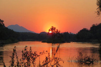 Sundowner Cruise on the Kunene River