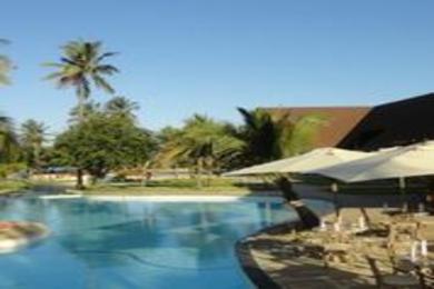 167 Ms Long Swimming pool
