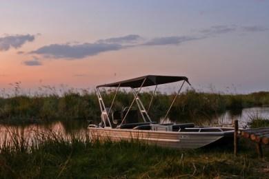 Motorised boat for boating safaris