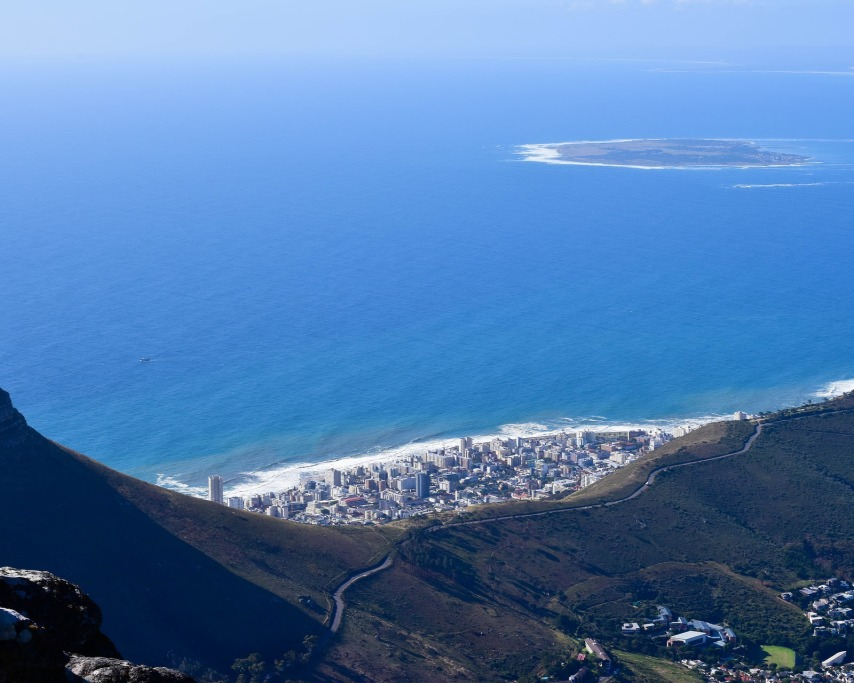 aerial-from-table-mountain-4605974_1920.jpg