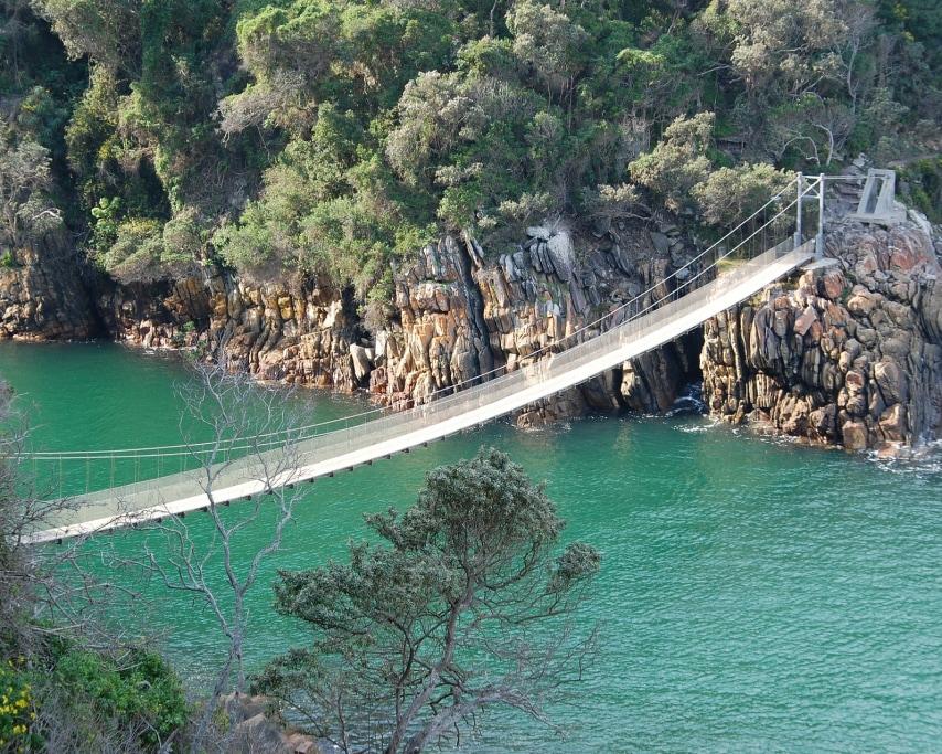 suspension-bridge-163064_1920.jpg