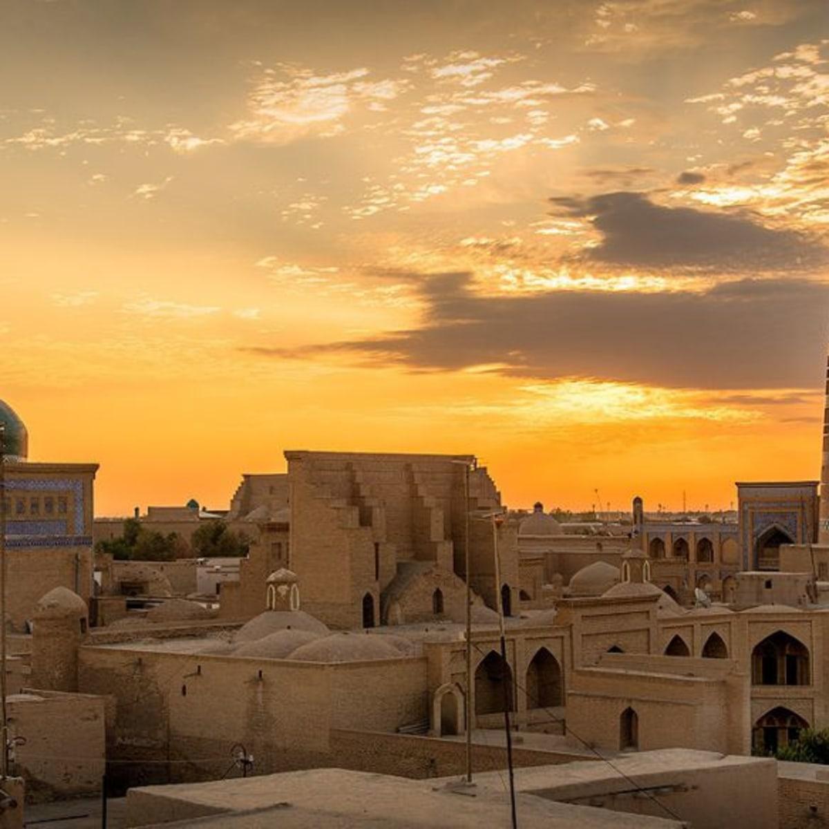 Die Highlights und schönsten Städte Usbekistans. Kombinierte Flug - Zugreise