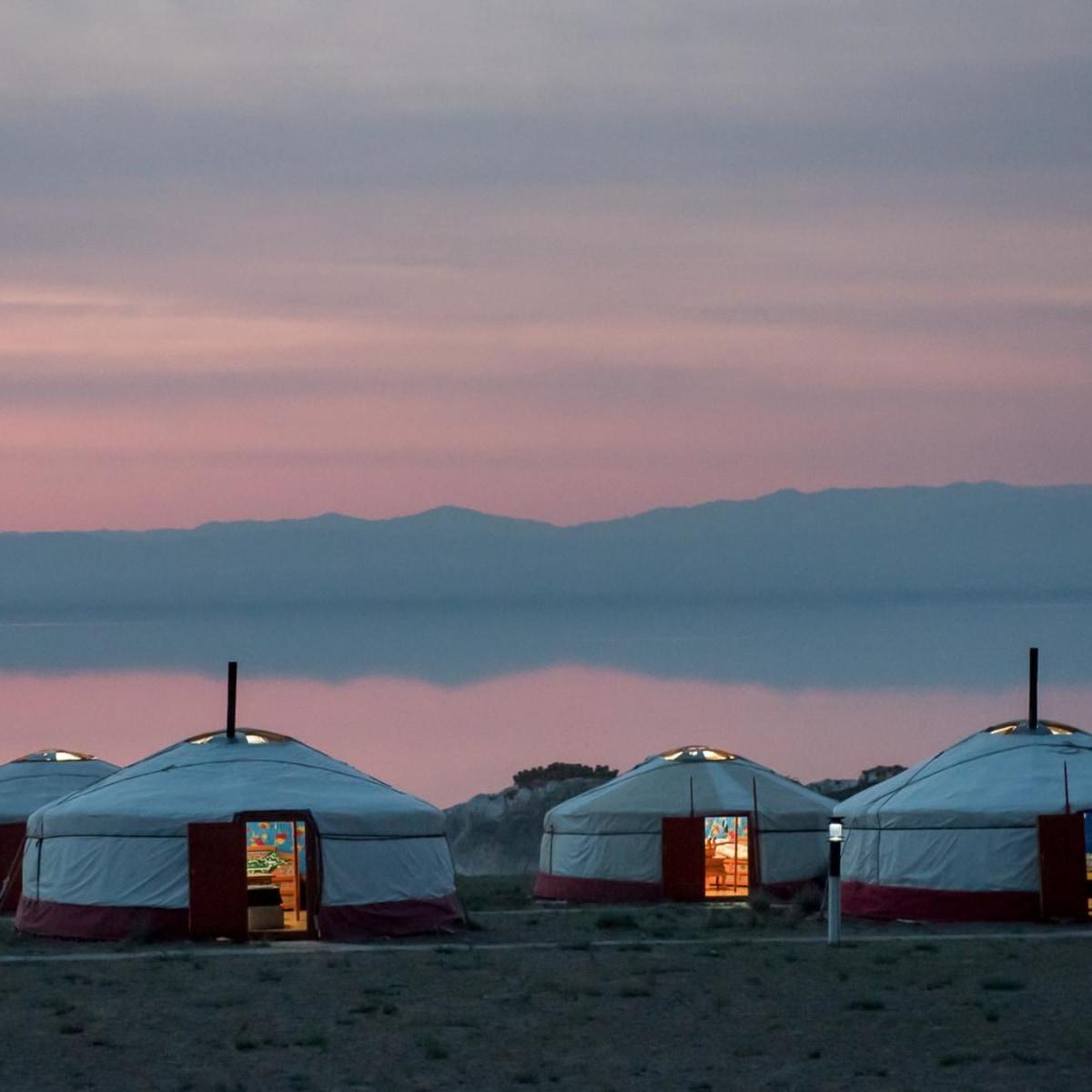 Vollpension mit Jurte. Mongolei West