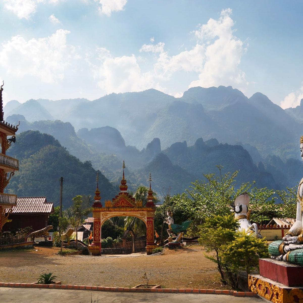 """Laos - im Land der freundlichen Menschen. Privatrundreise - """"Laos Komplett"""" & Baden auf Koh Chang"""""""