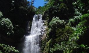 Wasserfall-San-Gil.JPG