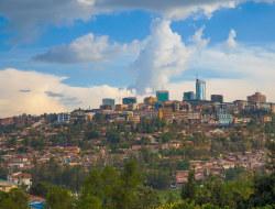 Ankunft am Flughafen Kigali (KGL), Ruanda - Fahrt zum Hotel