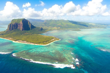14 Tage Mietwagenreise La Reunion mit Mauritius Badeaufenthalt