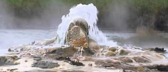 hot springs von Karangorok