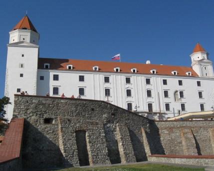 Bratislava@mh-grafik_Pixabay_1148088.jpg