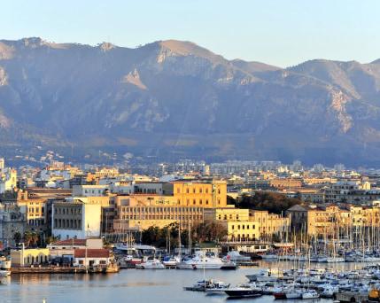 Sizilien_Palermo_ Hafen