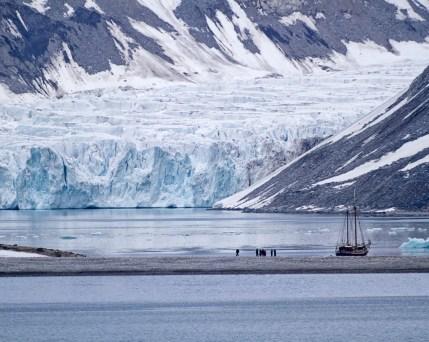 Spitzbergen-Magdalenenfjord.jpg