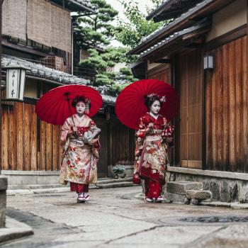 Von Geishas in Kyoto in den bunten Trubel Tokyos