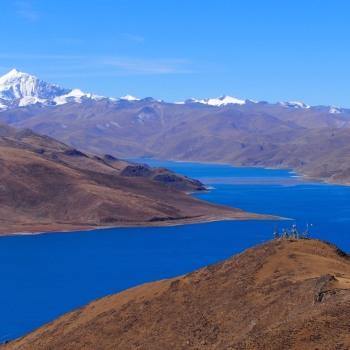 Heilige Stätten und Himmelblaue Seen