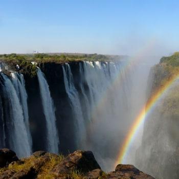 Wasserfälle, Savannen und Sonnenuntergänge