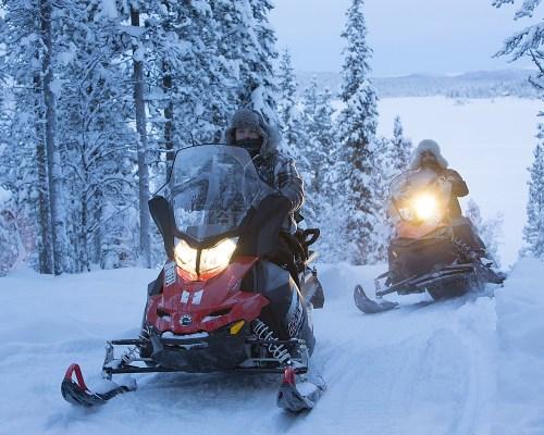 Schneemobil Abenteuer