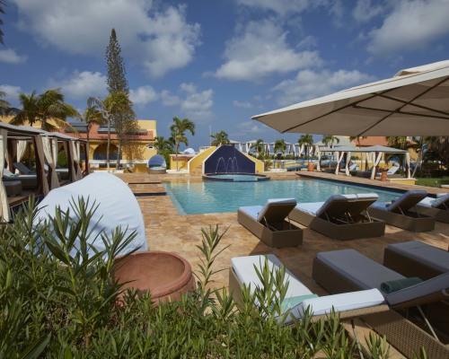 Divi Flamingo Beach Resort