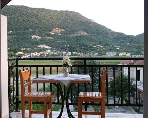Apartments Limni Keriou