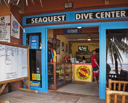 Seaquest Dive Center Bohol