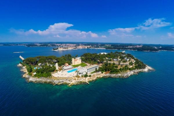 Isabella Island Resort