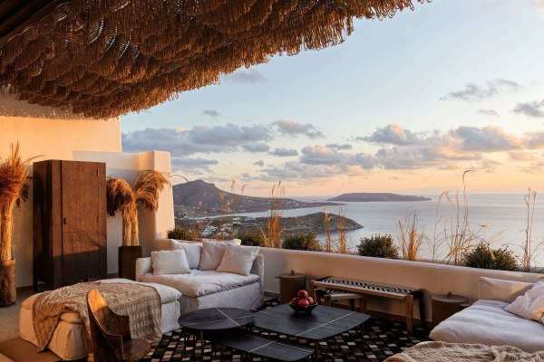 Myconian Panoptis Escape – Small Luxury Hotels of the World