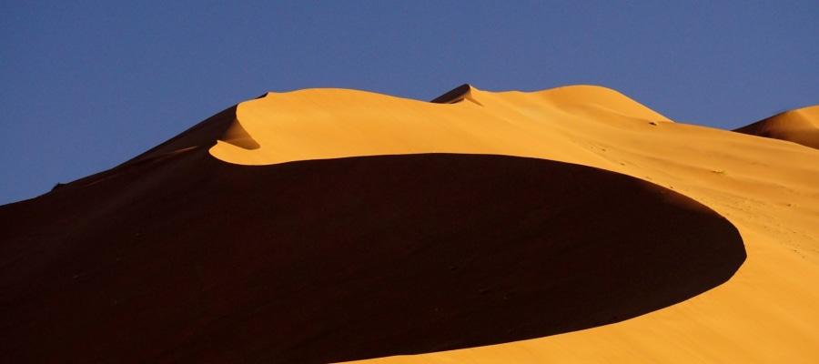Allgem Licht und Schatten Namibia