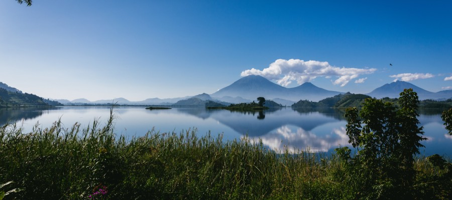 lake-mutanda-uganda