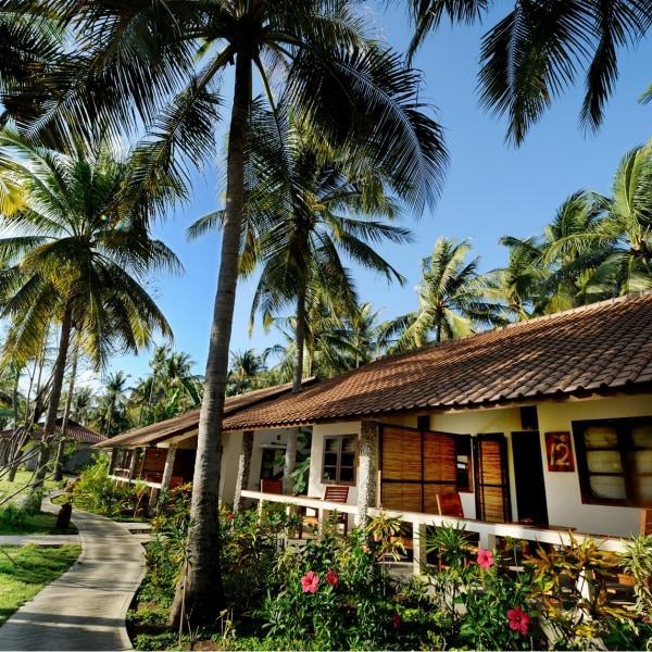 Cocotinos Sekotong Resort