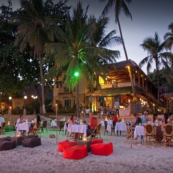 Oasis Resort Alona Beach