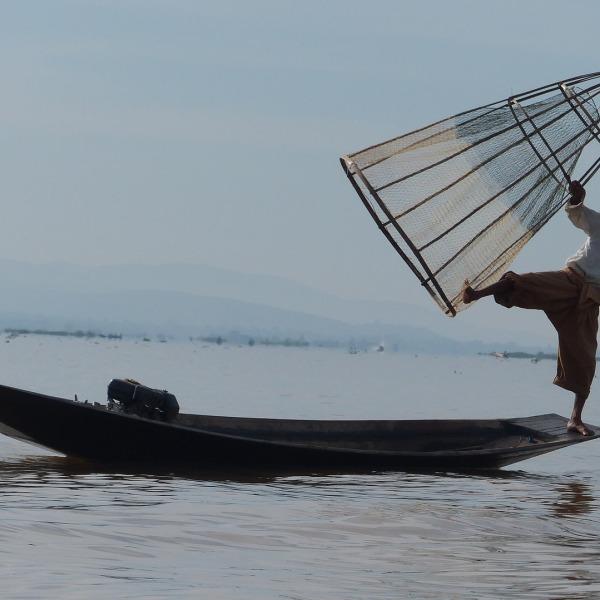"""Schätze und Landschaften. """"Goldenes Myanmar"""""""