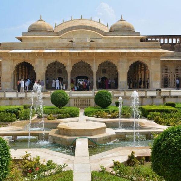Indien - Goldenes Dreieck. Lebhafte Städte und bunte Märkte