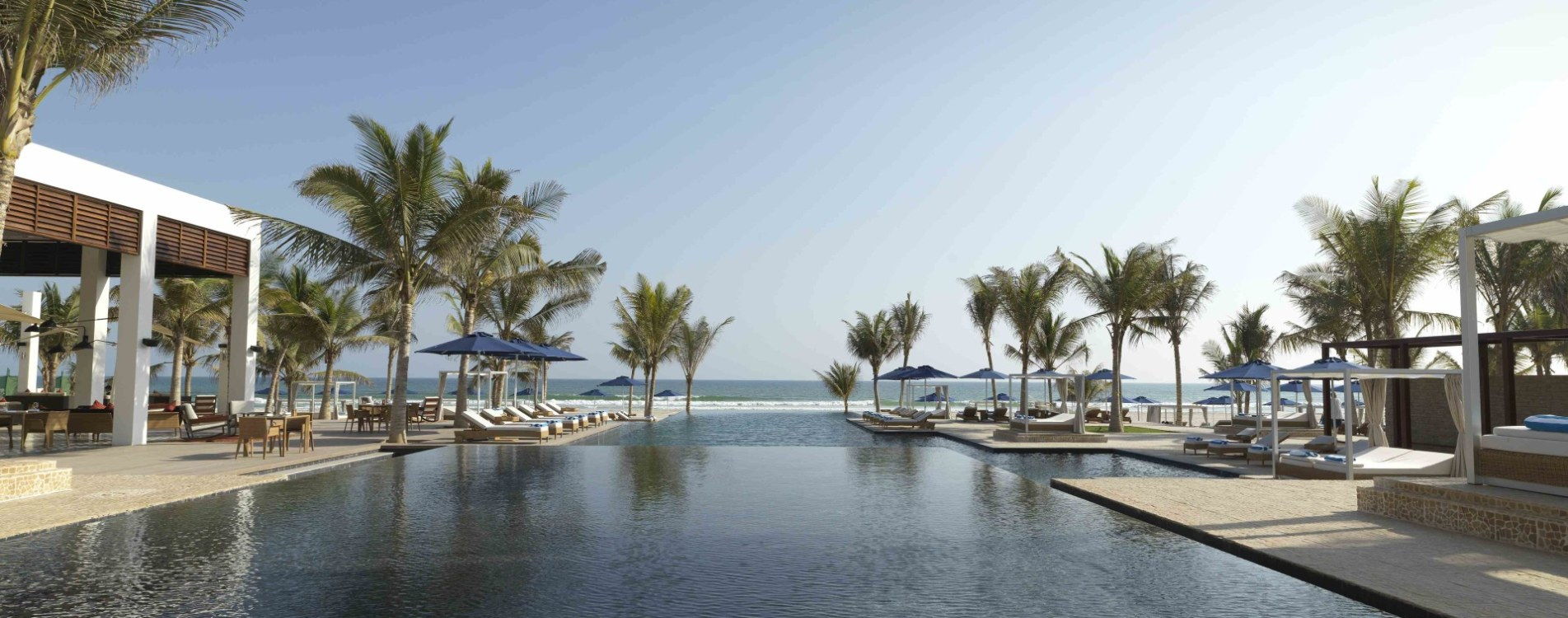 Al-Baleed-Resort-Salalah-By-Anantara-Infinity-Pool-Außenbereich-Oman.jpg