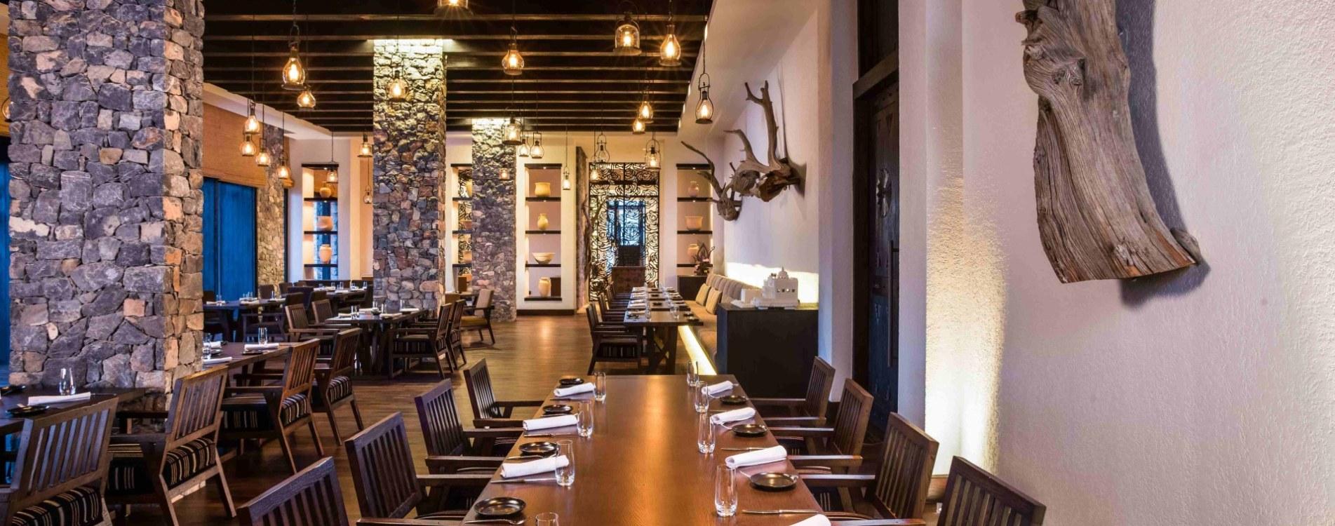 Alila-Jabal-Akhdar-Restaurant-Juniper-Interior-Design-Oman.jpg