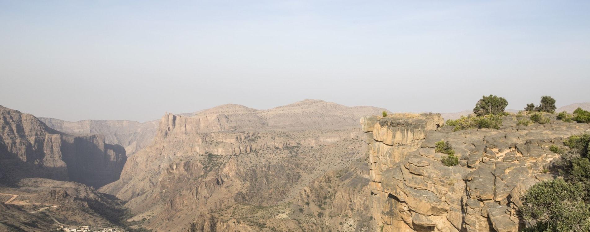 Anantara-Al-Jabal-Al-Akhdar-Resort-Klippe-Ausblick-Villa-Oman.jpg