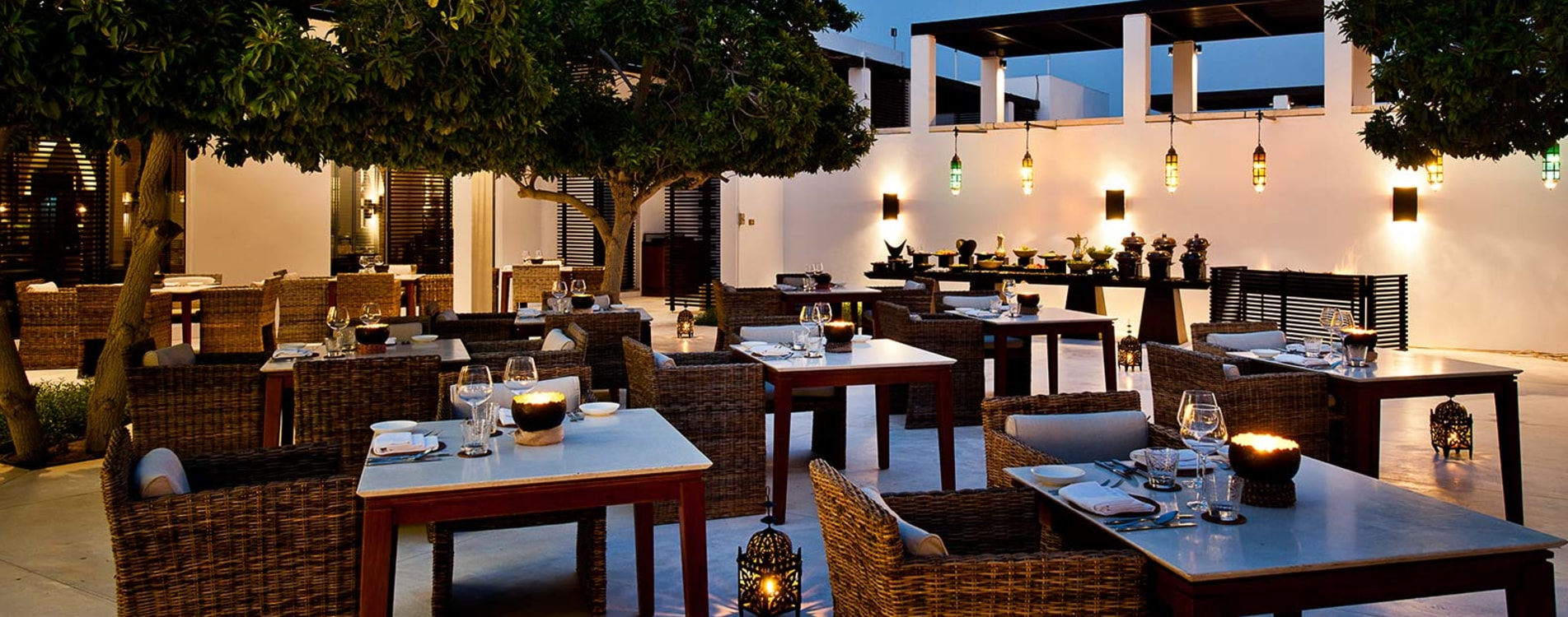 Chedi-Muscat-Dining-Arabian-Courtyard.jpg
