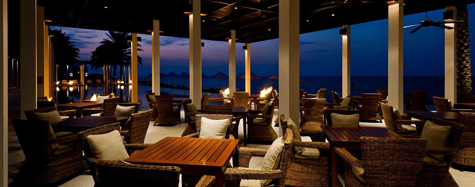 Chedi-Muscat-Dining-Chedi-Pool-Cabana.jpg