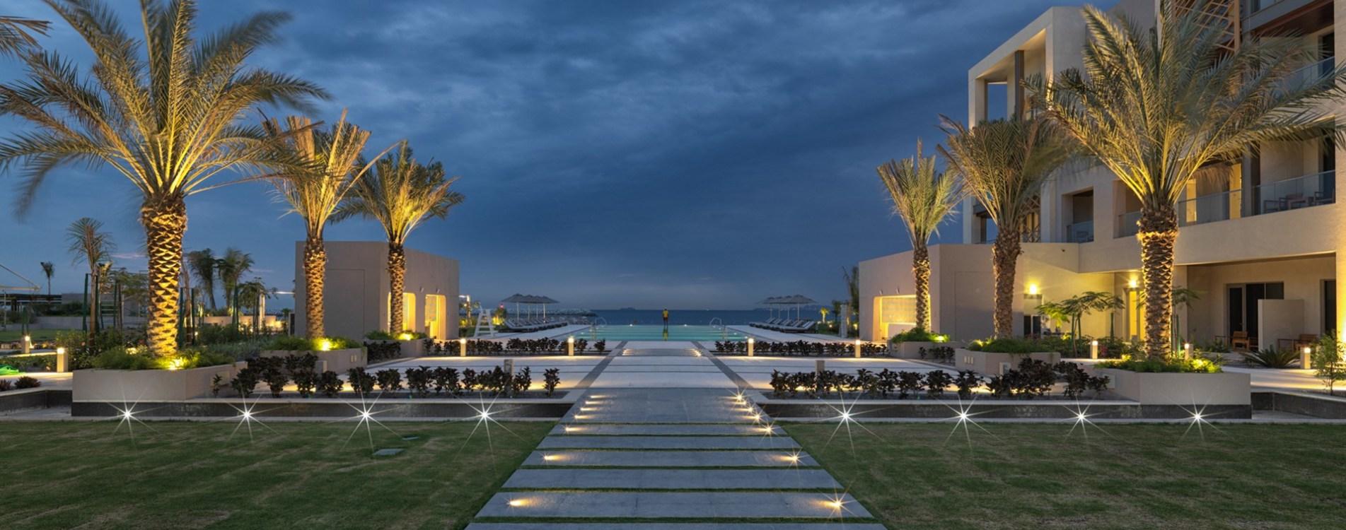 Kempinski-Hotel-Muscat-Courtyard-Oman