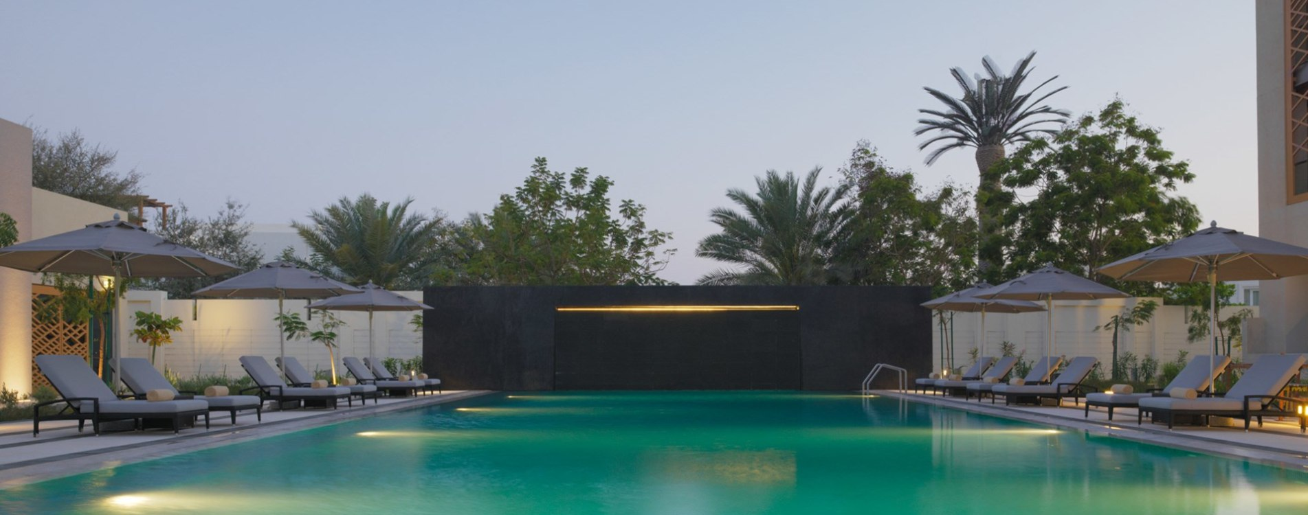 Kempinski-Hotel-Muscat-Exterior-Hauptpool-Oman