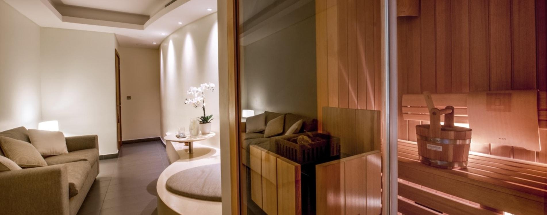 Kempinski-Hotel-Muscat-Kempinski-The-Spa-Couples-Suite-Oman.jpg