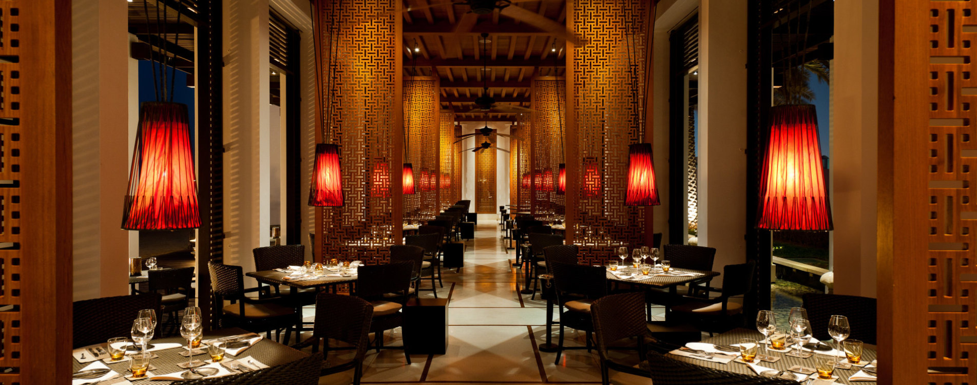 The-Chedi-Muscat-Dining-The Beach-Restaurant-Interior-Oman.jpg