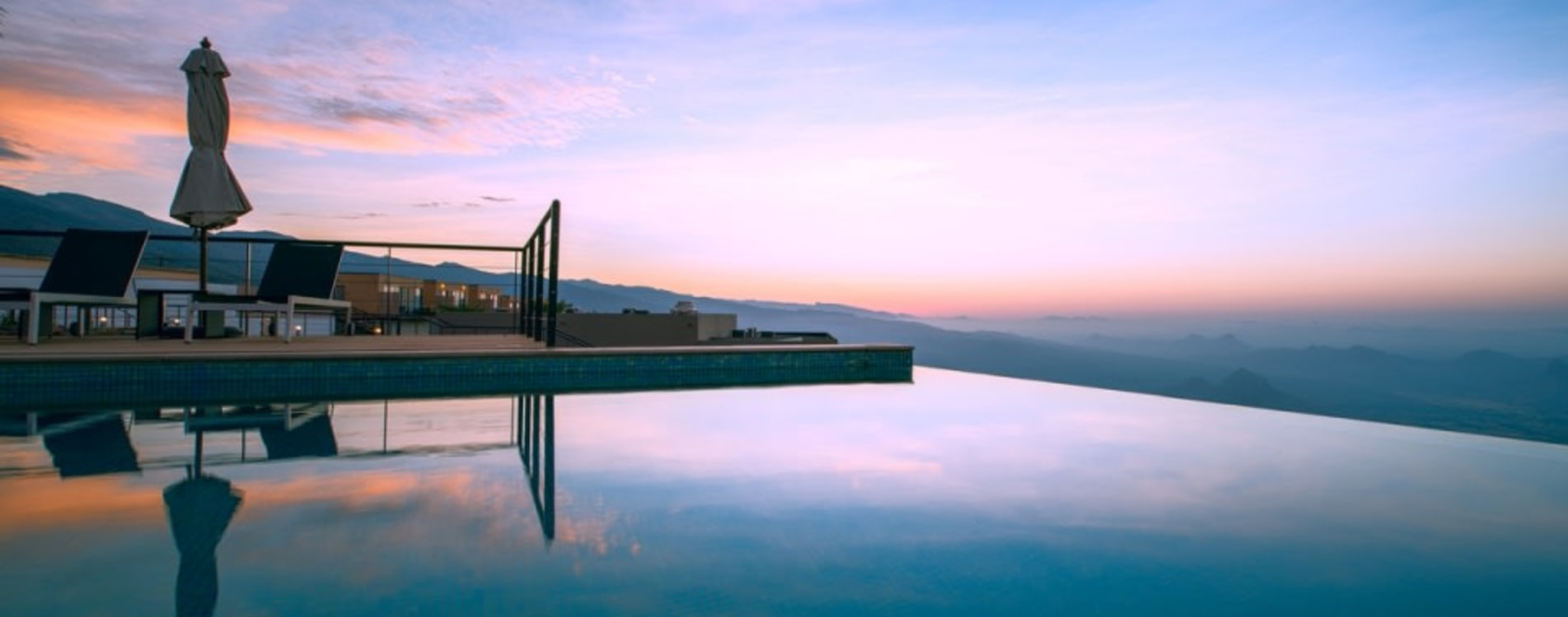 The-View-Oman-Infinity-Pool-Exterior.jpg
