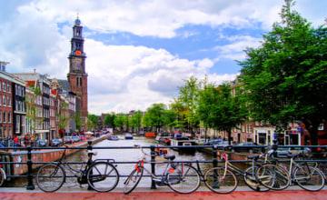 Amsterdam_Fotolia_42951644.jpg