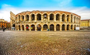 Arena_di_Verona_Fotolia_102299453_XS.jpg
