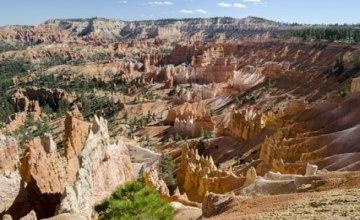 Bryce_Canyon_Fotolia_212109753_XS.jpg