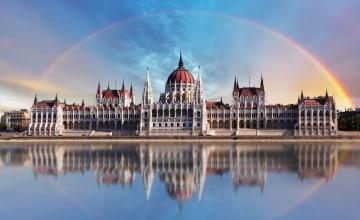 Budapest_Parlment_123RF_25944366_m.jpg