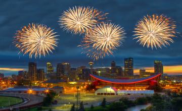Calgary_Feuerwerk_123RF_44638502_m.jpg